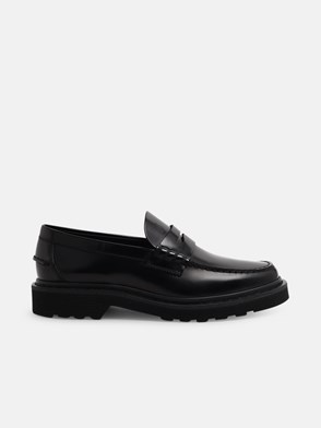 TOD'S - BLACK LUG-SOLE LOAFERS