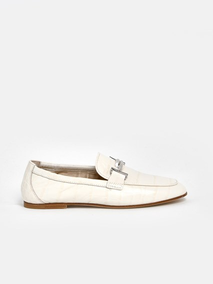 TOD'S WHITE LOAFERS  - COD. XXW79A0X010WES       C016