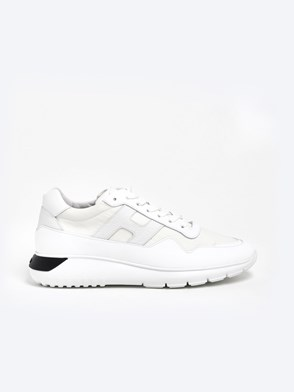 HOGAN - WHITE INTERACTIVE 3 SNEAKERS