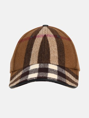 BURBERRY - BROWN CHECK HAT